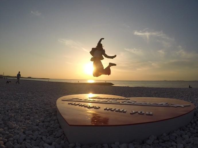 re  泉南市マーブルビーチの恋人の聖地魅力創出モニュメント (3)
